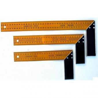 Úhelník kovový 250 mm, 13320